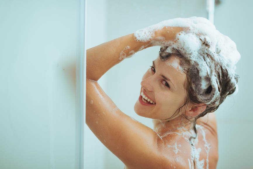 chăm sóc tóc, giữ nếp tóc ép cụp, giũ tóc ép cụp vào nếp