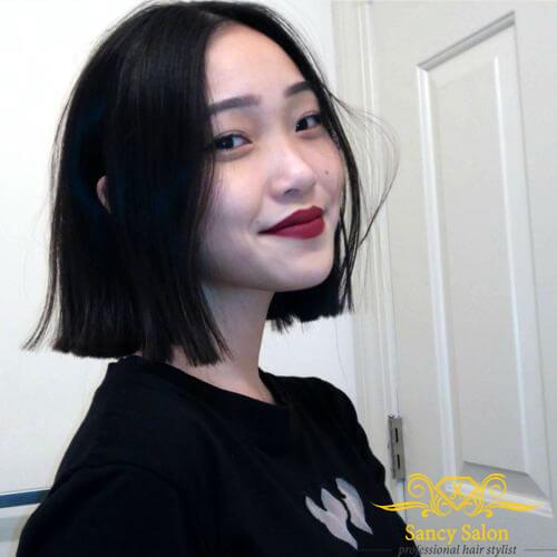 Kiểu tóc ngắn cắt bằng, không nhuộm không mái